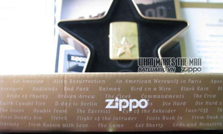 ZIPPO COTY 2001 - Hollywood's Leading Light 4