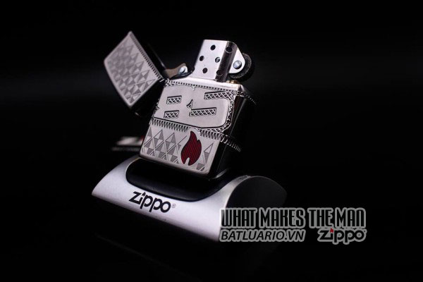 ZIPPO COTY 2017 - ZIPPO 85TH ANNIVERSARY COLLECTIBLE OF THE YEAR 2017 6