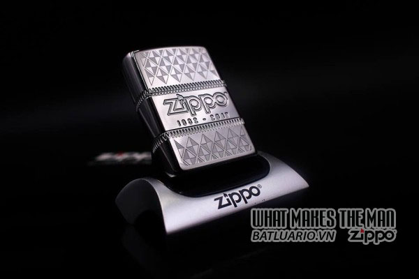 ZIPPO COTY 2017 - ZIPPO 85TH ANNIVERSARY COLLECTIBLE OF THE YEAR 2017 9