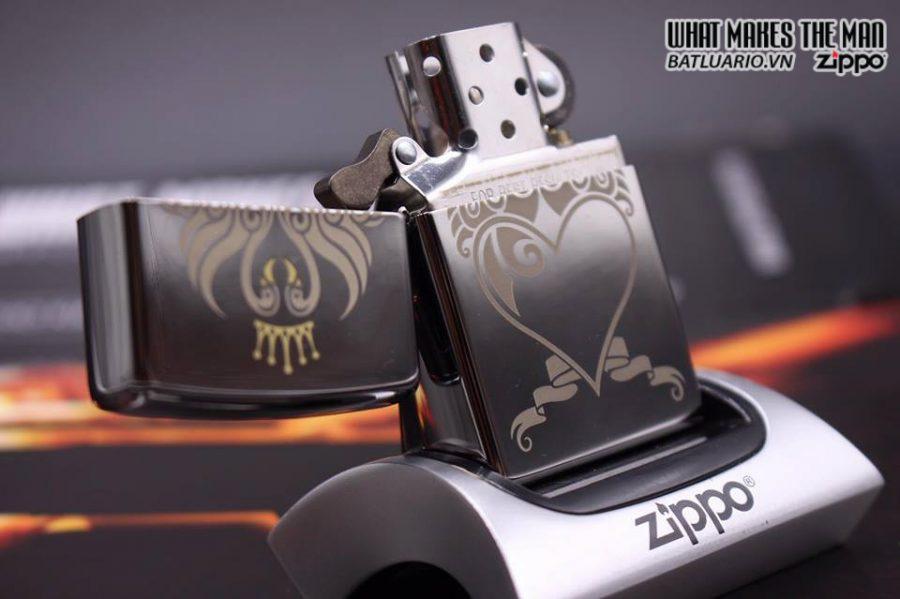 ZIPPO 250 HEART BANNER
