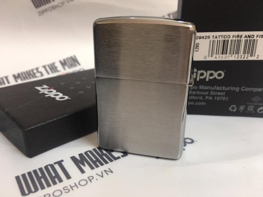 Zippo 29428 - Zippo Tattoo Fire and Fist Brushed Chrome 3