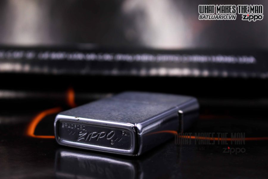 ZIPPO XƯA 1977 – THE FATHER OF THE YEAR 4