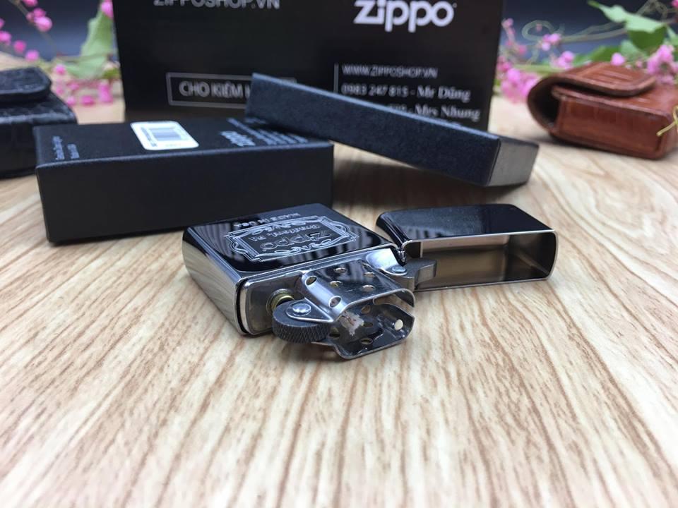 Zippo 29521 - Zippo Bradford PA High Polish Chrome 8