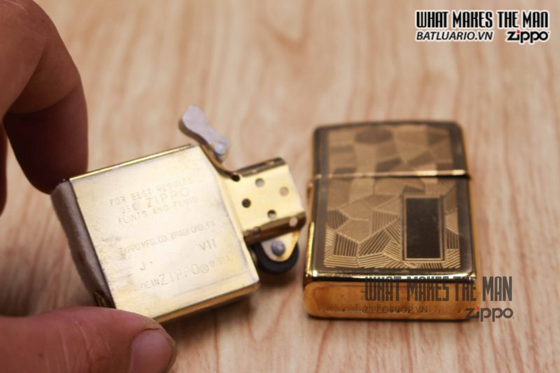 ZIPPO SHIMMER CANADA 1989 – GOLD PLATE 2