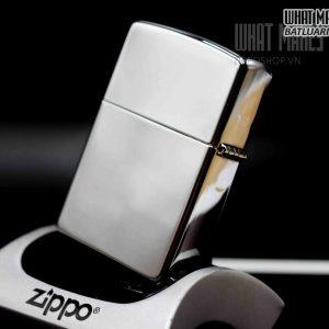 ZIPPO 2002 – FORD 1