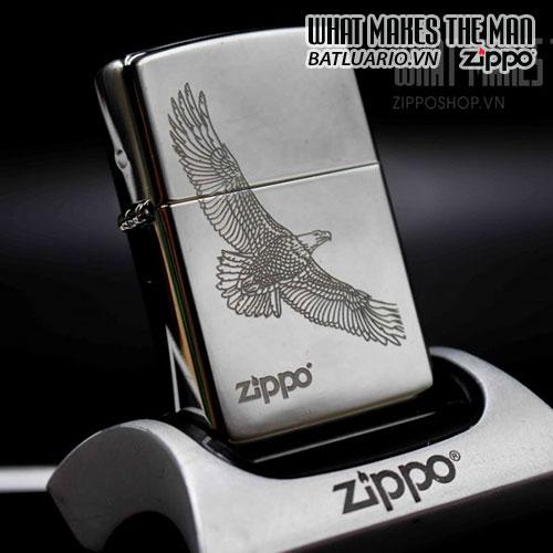 ZIPPO 250 LARGE EAGLE DESIGN