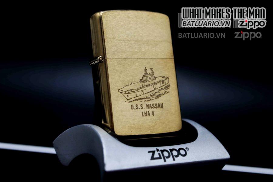 ZIPPO 1932-1989 – USS MASSAU LHA 4 7