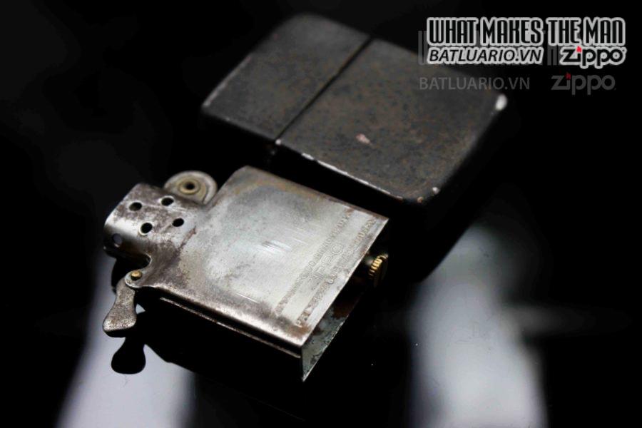 ZIPPO XƯA 1943-1945 – BLACK CRACKLE 2