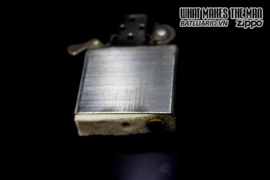 ZIPPO XƯA 1978 – UNITED STATES NAVAL FORCES EUROPE – COMMANDER IN CHIEF 2