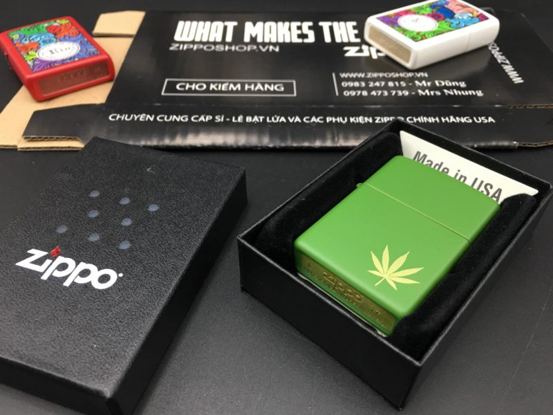 Zippo 29588 - Zippo Marijuana Leaf on the Side Green Matte 1