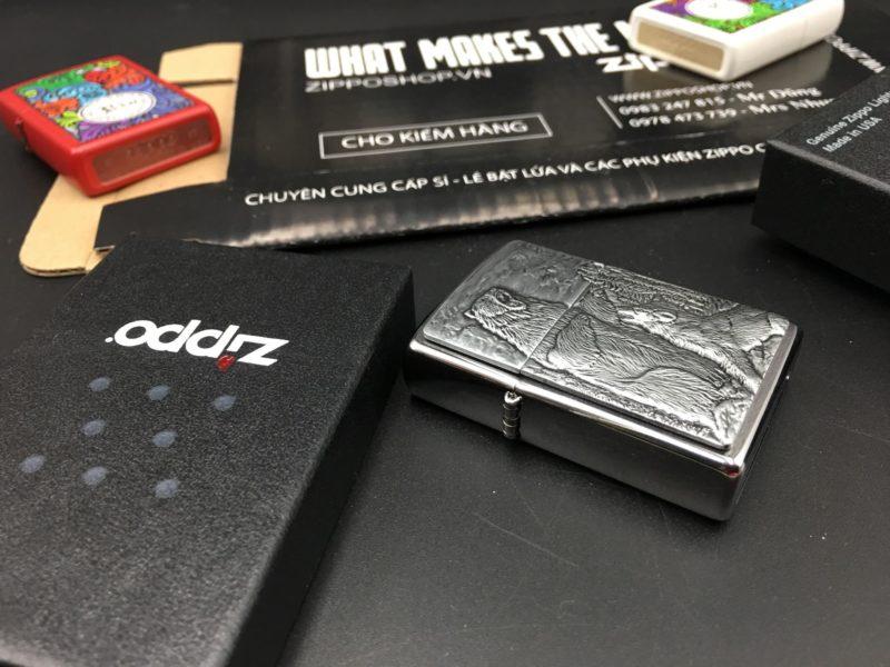 Zippo 29636 - Zippo Bear vs Wolf Emblem Brushed Chrome 8