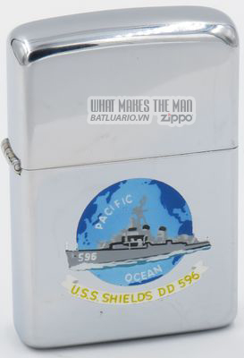 Zippo 1957 town & country USS Shields