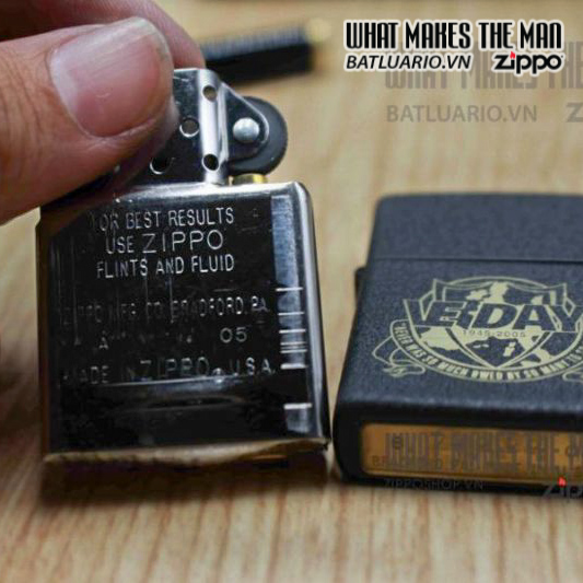 ZIPPO 2005 – VE DAY – LIMITED EDITION 0268/1000 5