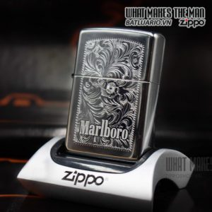 ZIPPO 2004 – MARLBORO ZIPPO DROVE 'EM ALL