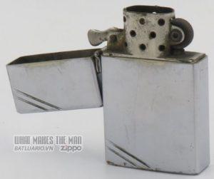 Zippo 1933 with hinge 4