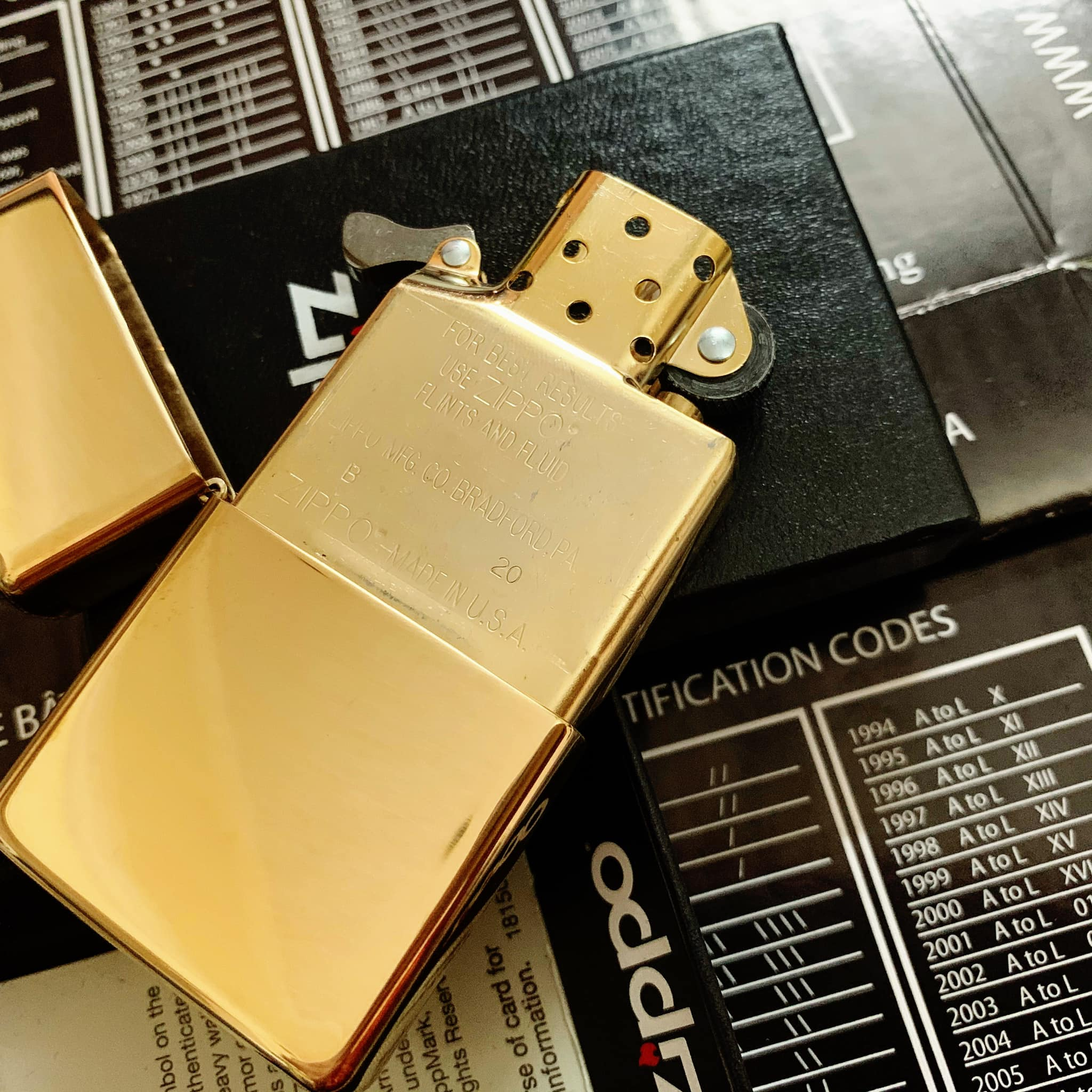 Zippo 169 - Zippo Armor High Polished Brass 12