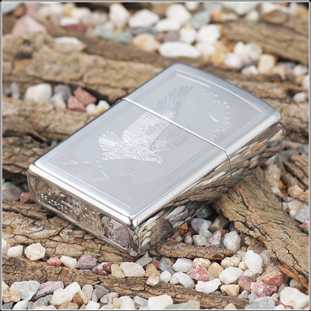 Zippo 21069 - Zippo Birds of Prey High Polish Chrome 3