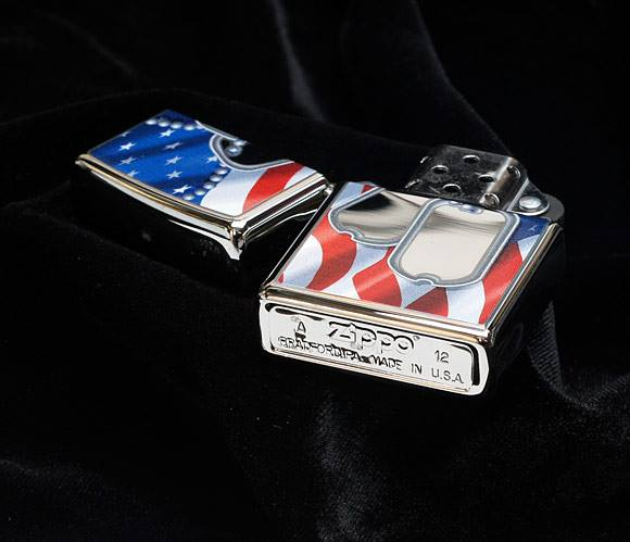 Zippo 28291 - Zippo Flag and Dog Tags Polished Chrome 2