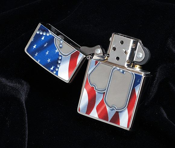 Zippo 28291 - Zippo Flag and Dog Tags Polished Chrome 3