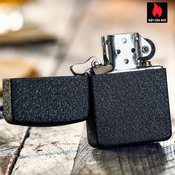 Zippo 28582 - Zippo 1941 Replica Black Crackle Lighter 6