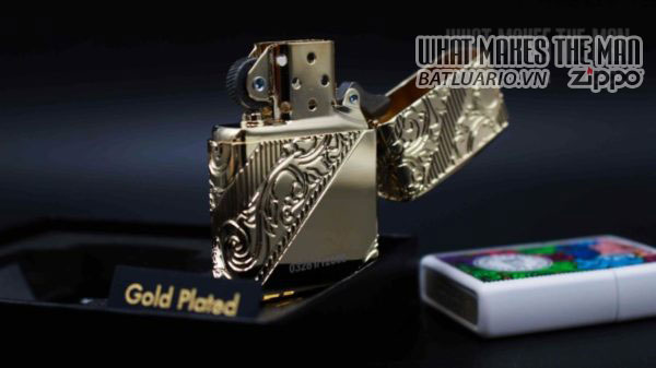 Zippo 2018 Collectible of the Year Gold Plated Armor -ZIPPO COTY 2018 - Zippo GOLDEN SCROLL 20