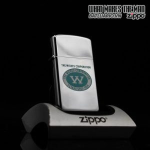 ZIPPO SLIM 1960 – TOWN & COUNTRY – THE WICKES CORPORATION
