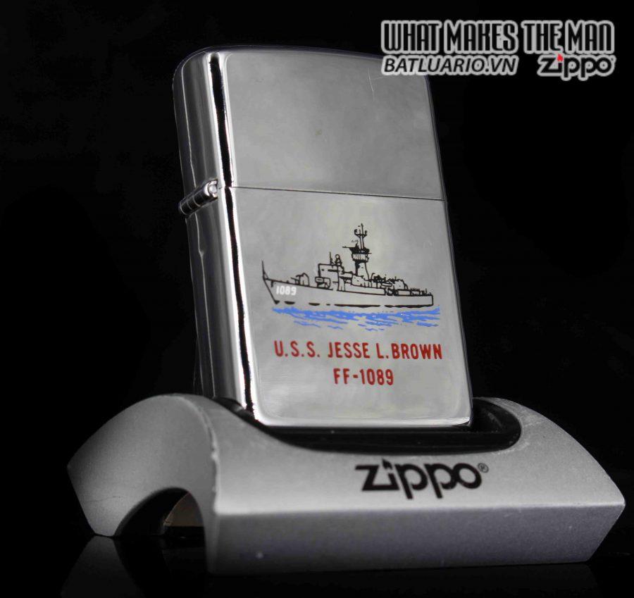 ZIPPO 1985 – USS JESSE L.BROWN FF 1089