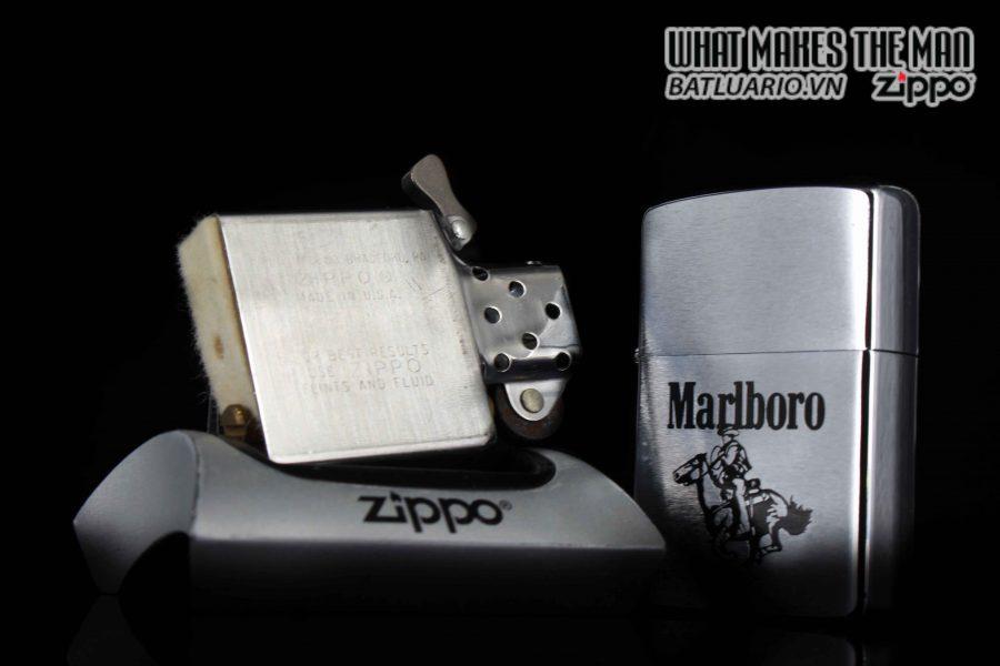 ZIPPO 1986 – MARLBORO MAN ON HOUSE 2