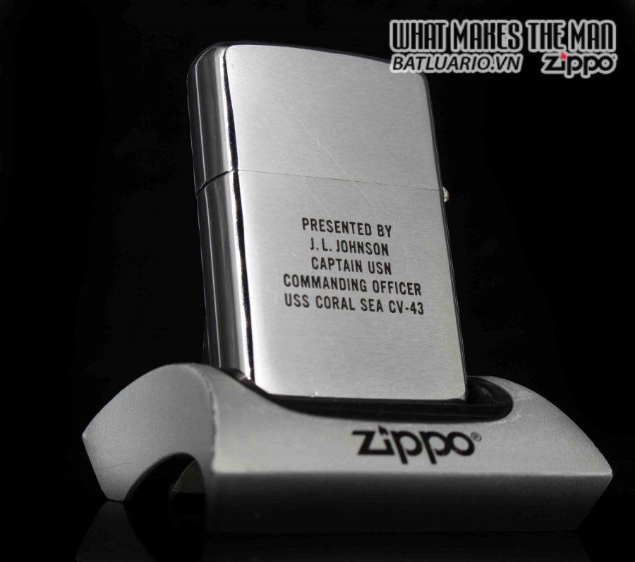 ZIPPO XƯA 1981 – USS CORAL SEA CV 43 – PRESENTED BY COMMANDING OFFICER CAPTIAN J.L JOHNSON 4