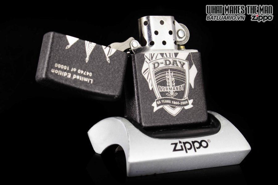 ZIPPO 2009 – D-DAY 65TH ANNIVERSARY COMMEMORATIVE LIGHTER – SANDS OF NORMANDY 1