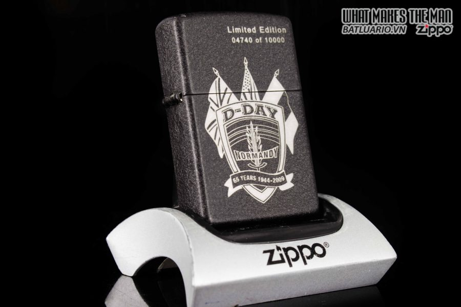 ZIPPO 2009 – D-DAY 65TH ANNIVERSARY COMMEMORATIVE LIGHTER – SANDS OF NORMANDY
