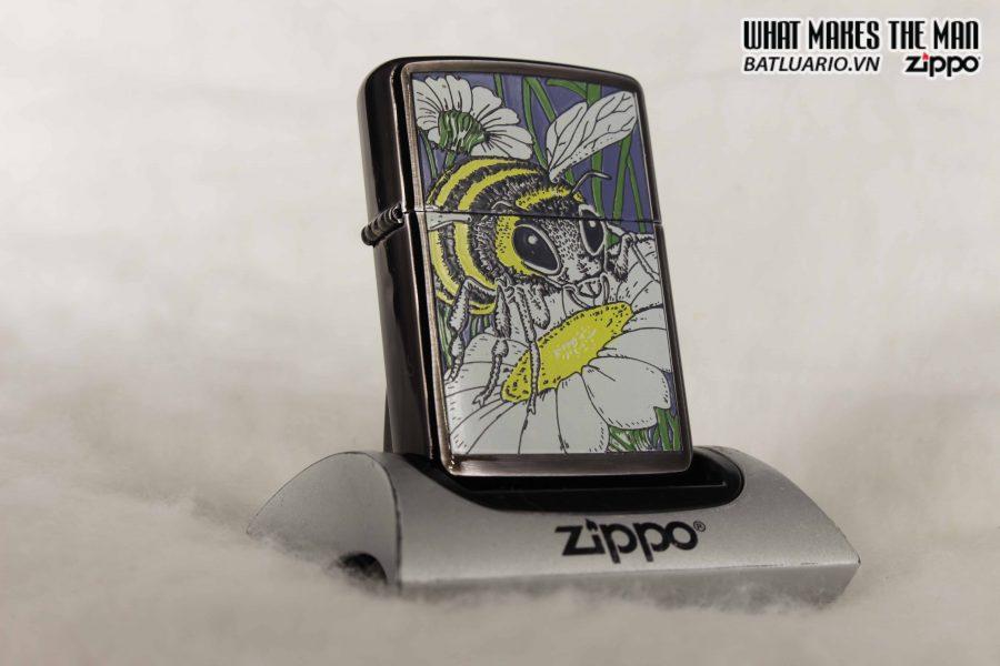 ZIPPO LA MÃ 1994 – BARRET SMYTHE MIDNIGHT COLECTION – BEE