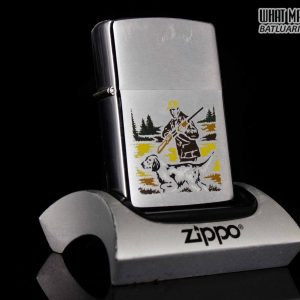 ZIPPO XƯA 1979 – HUNTER WITH DOG GUN – SPORT SERIES
