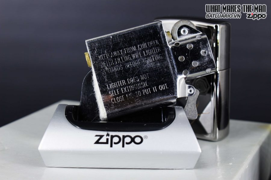 GIFT SET – ZIPPO LA MÃ 1995 – SILVER PLATE – MATCO TOOLS RACING 8