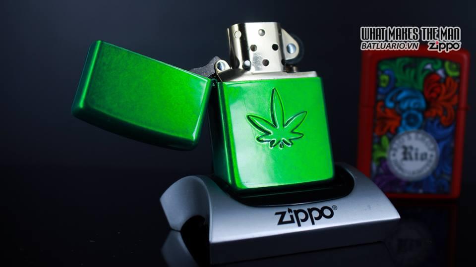Zippo 29662 - Zippo Stamped Weed Leaf Meadow 8