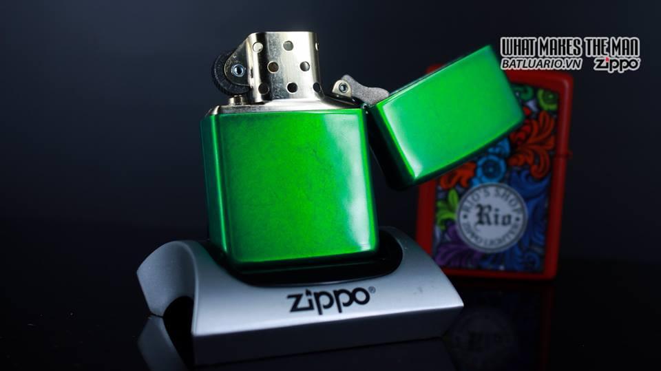 Zippo 29662 - Zippo Stamped Weed Leaf Meadow 9