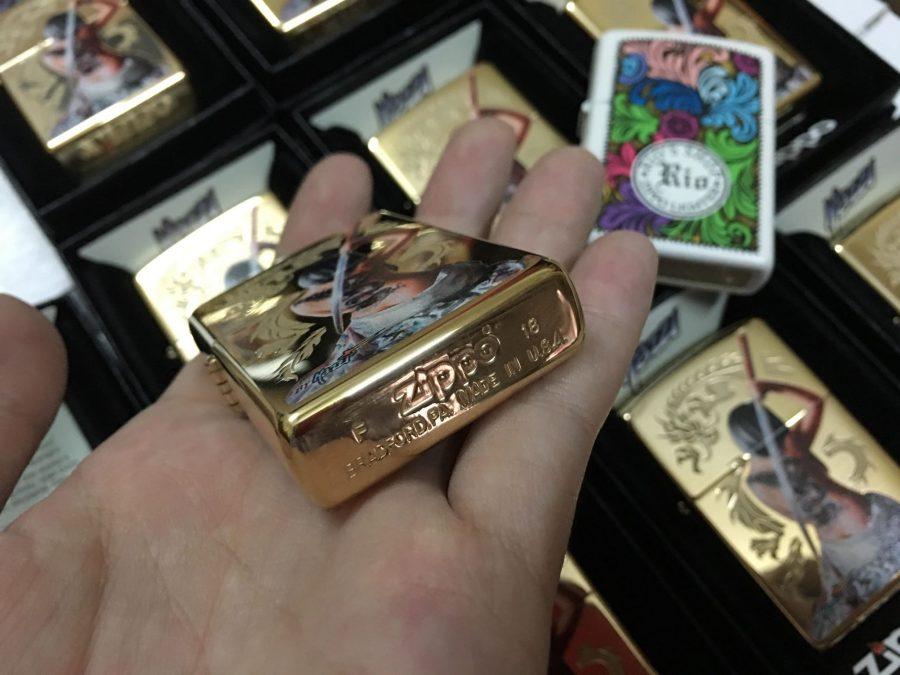 Zippo 29668 - Zippo Mazzi Samurai Girl High Polish Brass 7