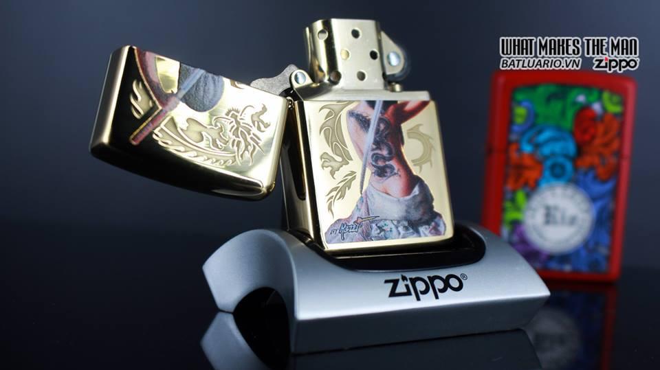 Zippo 29668 - Zippo Mazzi Samurai Girl High Polish Brass 9