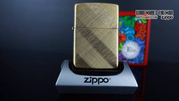 Zippo 29675 - Zippo Diagonal Weave Brass 10