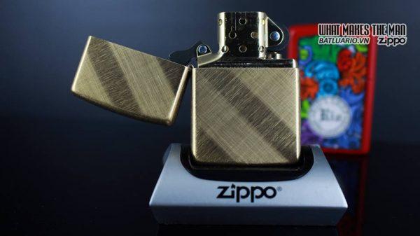 Zippo 29675 - Zippo Diagonal Weave Brass 11