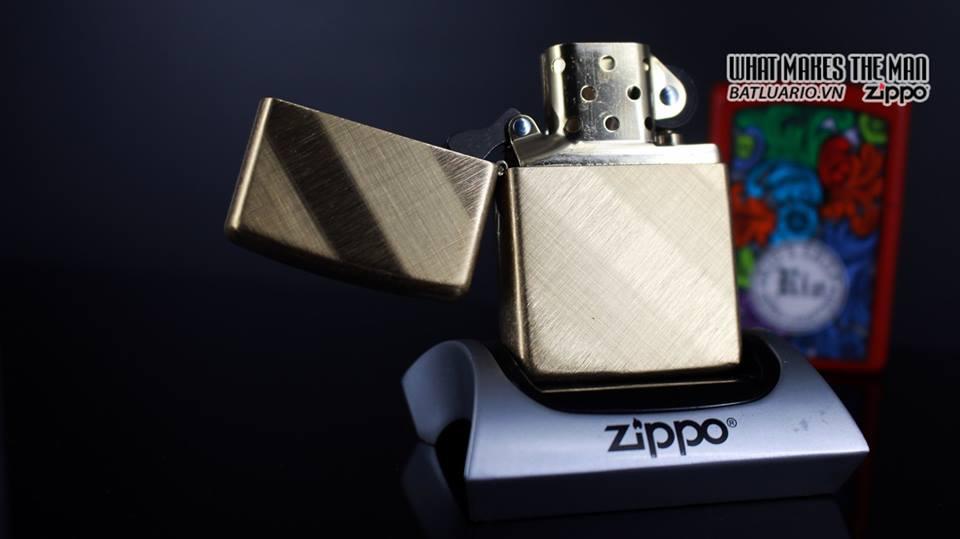 Zippo 29675 - Zippo Diagonal Weave Brass 12