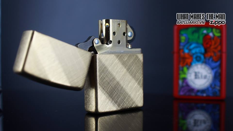 Zippo 29675 - Zippo Diagonal Weave Brass 15