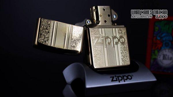 Zippo 29677 - Zippo Engraved Pattern High Polish Brass 12