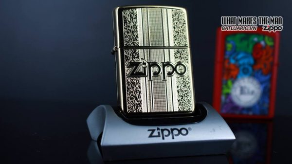 Zippo 29677 - Zippo Engraved Pattern High Polish Brass 9