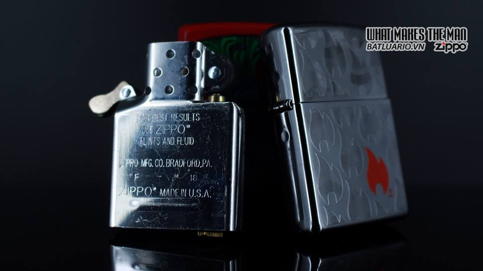 Zippo 29678 - Zippo Flames High Polish Chrome 12