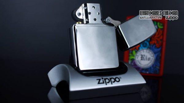 Zippo 29679 - Zippo Made in USA with Flag High Polish Chrome 11