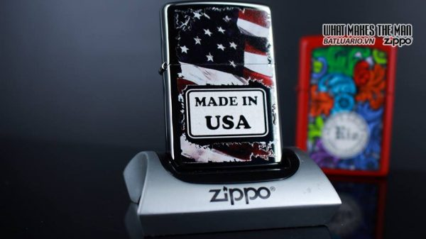 Zippo 29679 - Zippo Made in USA with Flag High Polish Chrome 8