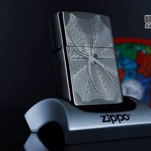 Zippo 29733 - Zippo Engraved Spider and Web Black Ice 6