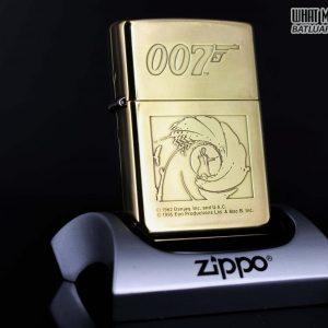 ZIPPO LA MÃ 1996 – 007 – JAMES BOND