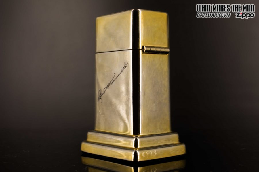 ZIPPO TABLE #4 - 1954 - 1979 - US ARMY - GOLD PLATE 16